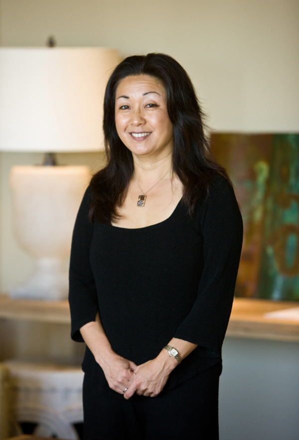 Sasha Yungju Lee is a Feng Shui Expert & Chinese Metaphysics Consultant